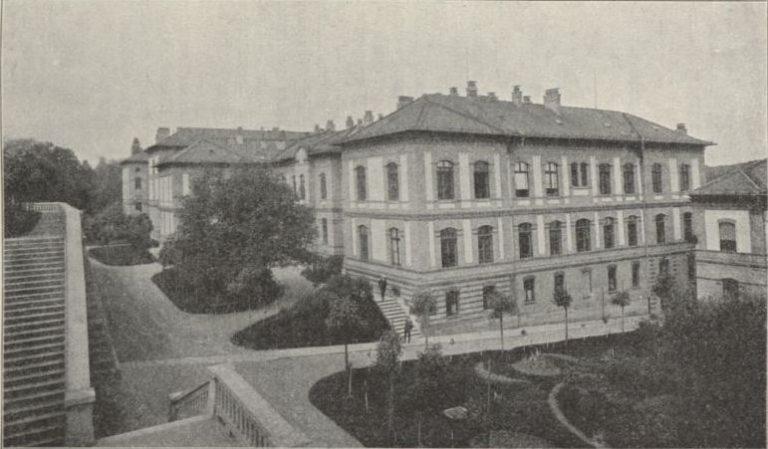 Kolozsvár. Belgyógyászat épülete