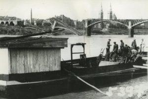 Felrobbantott híd