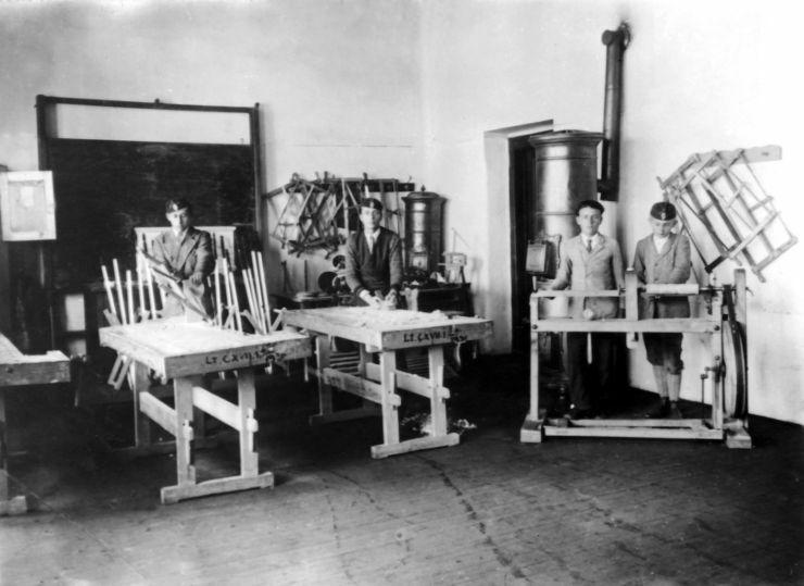 Polgári fiúiskola műhelye, Battonya (1930 körül)